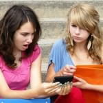 Using Social Media to Foster Closeness With Your Kids After Divorce